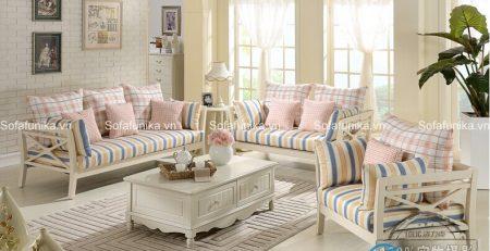 Liệu bạn có thể từ chối chiếc sofa tân cổ điển này
